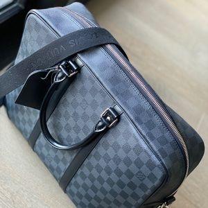 Louis Vuitton-  Porte-Documents Voyage Briefcase